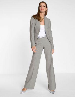 Широкие брюки из качественного материала